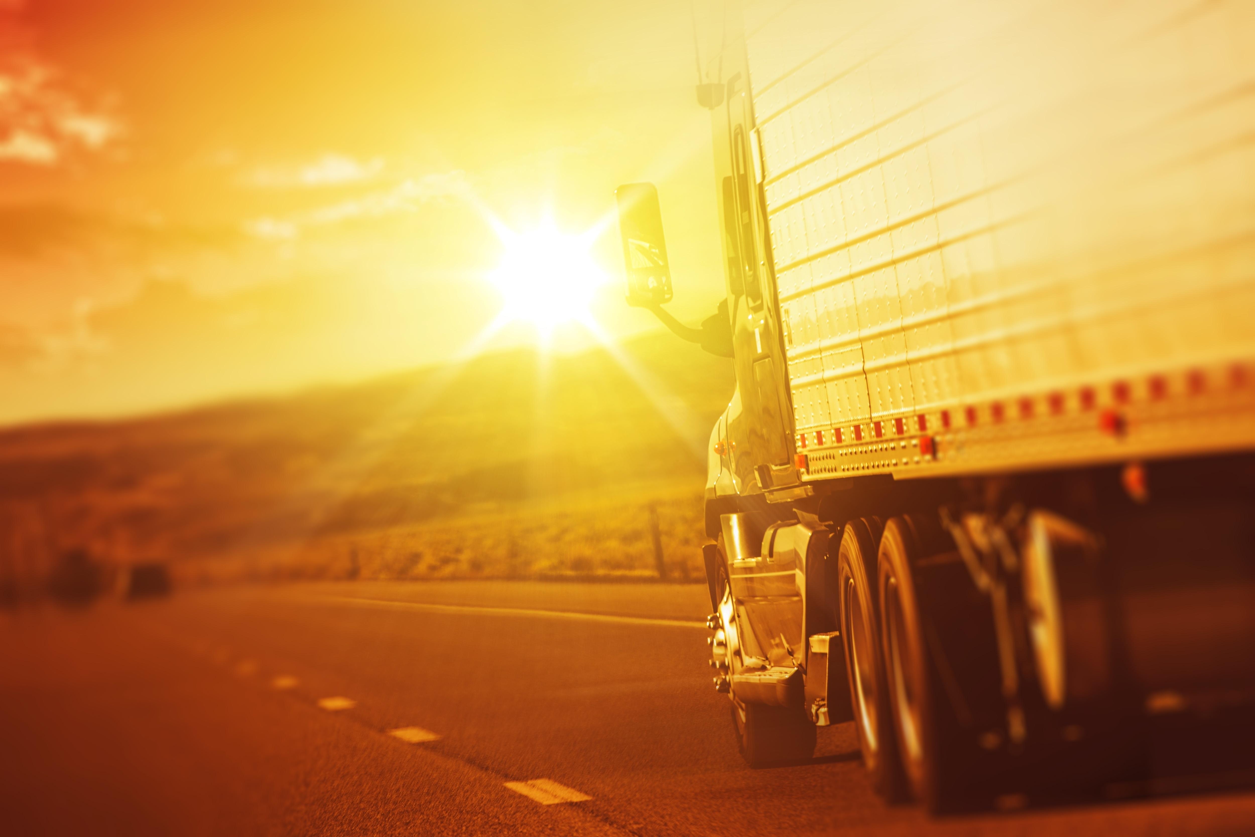 truckingshutterstock_224409283