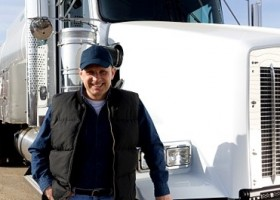 How to Get a Commercial Truck Drivers License