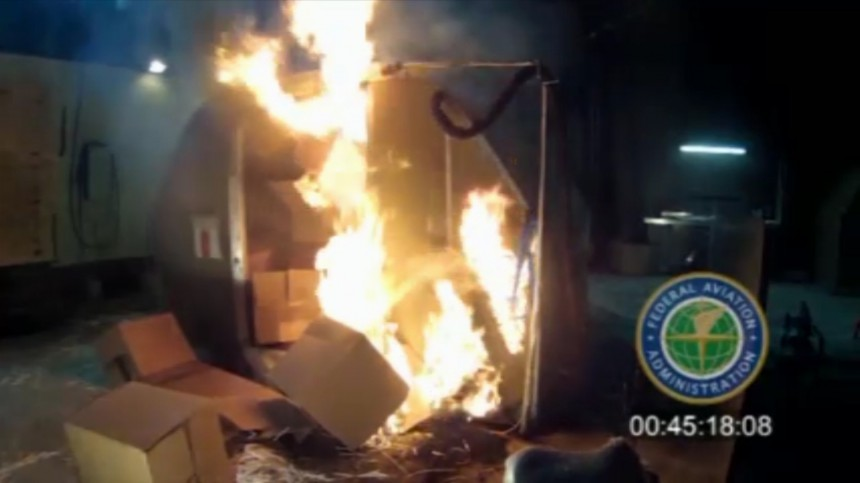 FAA Urges Airlines to Assess Lithium Battery Risks