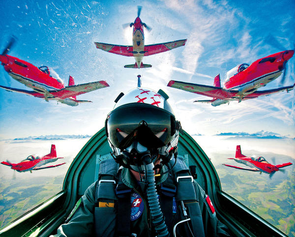 Swiss Air Force Pilot Training Systems